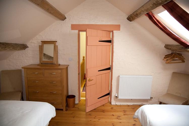 Granary-bedroom-2