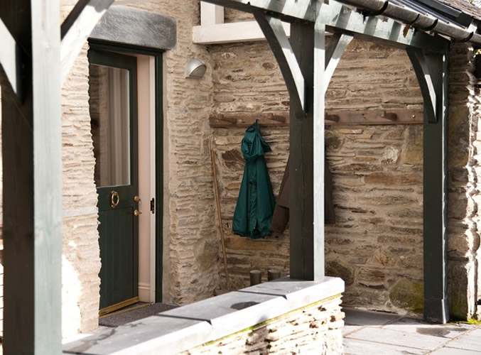 guesthouse-wales-Porch